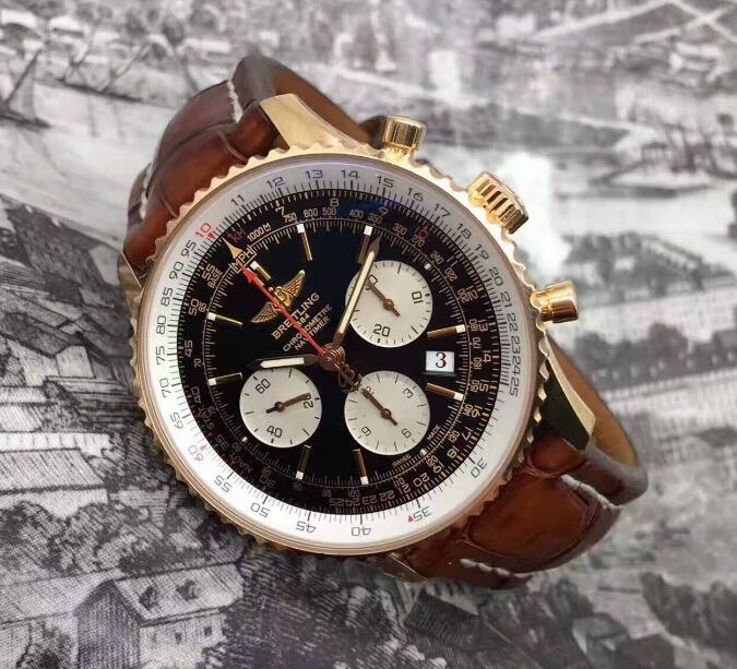 The brown leather strap matches the red gold case perfectly, exuding a warm and gentle temperament.