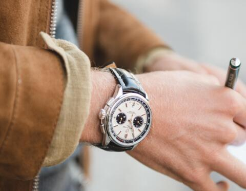 The concise and low-key Premier chronograph is a best choice for everday use.