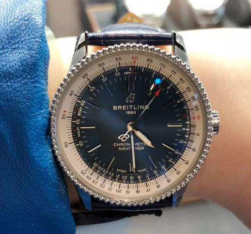 The Breitling Navitimer will also fit women perfectly.