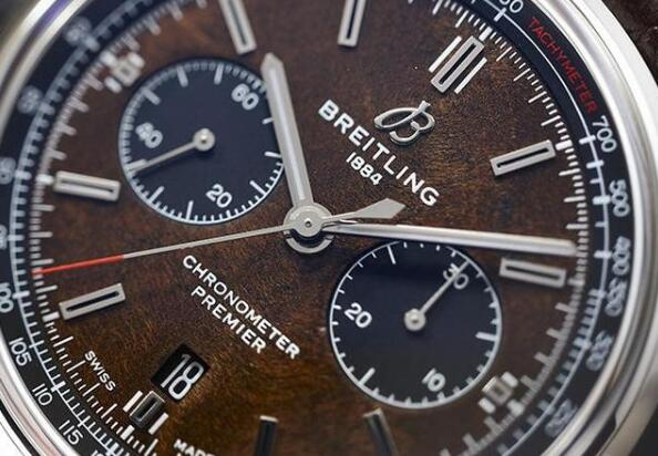 The brown Breitling Premier is good choice for gentlemen.